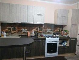 Кухня с бараной стойкой